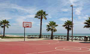 beach_road_sports_court_700